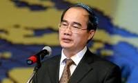 Deputi Perdana Menteri Nguyen Thien Nhan melakukan kunjungan resmi di Republik India.