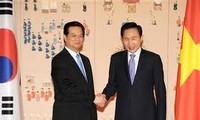 PM  Nguyen Tan Dung memulai aktivitas dalam  kunjungan resmi di Republik Korea.