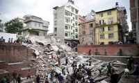 Negara-negara membantu Nepal mengatasi akibat gempa bumi