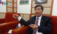 "Profesor Nguyen Anh Tri, orang yang untuk kedua kalinya dimuliakan dalam program ""Jayalah Vietnam"""