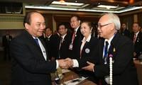 PM Nguyen Xuan Phu melakukan pertemuan dengan wirausaha diaspora Vietnam di Thailand
