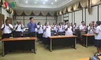 Angkatan kursus  untuk kaum lansia di Thailand