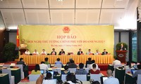 Instan a reducir obstáculos para el avance del sector privado en Vietnam