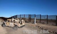 Donald Trump publica un nuevo plan para el muro solar en la frontera con México