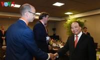 Premier vietnamita dialoga con el empresariado holandés