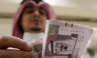 Arabia Saudita niega suspender transacciones en riyal