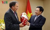 Vietnam llama a inversiones del Estado de Utah de Estados Unidos