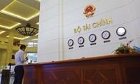 Diputados vietnamitas discuten la Ley de Deudas Públicas