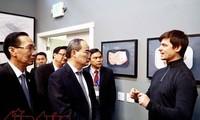 Entidades vietnamitas aprenden experiencias de emprendimiento de sus connacionales en ultramar
