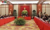 Máximo dirigente del Partido Comunista de Vietnam enaltece aportes de los étnicos
