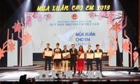 Comunidad vietnamita respalda movimientos por los niños pobres