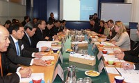 Vietnam, Holland boost cooperation in climate change adaptation