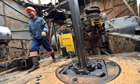 Russia, Ukraine agree to hold further gas talks in April