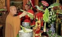 Khmer people's Chol Chnam Thmay New Year festival celebrated