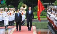Vietnam, UK issue joint statement