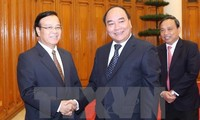Deputy PM seeks Laos' support for Vietnam-invested projects