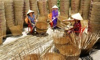 Craft villages in the process of international integration