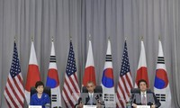 Japan, RoK talk on the sidelines of nuclear security summit