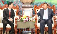 Lao Party leader praises cooperation with Vietnam's ideology agency