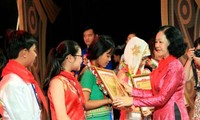 Outstanding ethnic children honored
