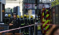 Fire spreads from London underground blast