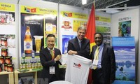 Vietnam seeks export opportunities at int'l trade fair in South Africa