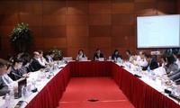APECの第2回SOMの枠内の会合が続く