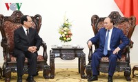 フック首相、ERIAの西村事務総長らと会見
