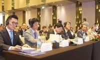 ニャチャン市で、「日本との出会い・南中部地帯」座談会