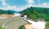 ホアビン水力発電所・越ソ関係のシンボル