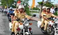 2012交通安全年启动仪式在河内举行