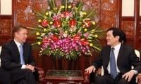 张晋创会见俄罗斯天然气工业股份公司首席执行官亚历克斯·米勒