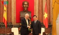 越南和西班牙加强经贸领域合作
