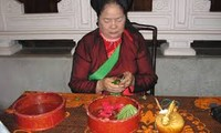 """""""越南各民族的嚼槟榔习俗""""实物展在大叻市举行"""