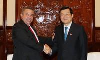 越南国家主席会见古巴劳动者中央工会秘书长