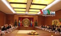 越南国会主席与瑞典议会议长举行会谈