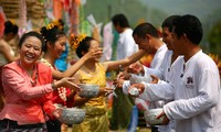 越南高棉族传统新年活动在全国各地举行