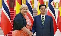 越南-挪威发表联合公报