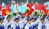 越南举行多项切实活动庆祝五一国际劳动节