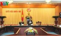 国会代表希望部长们彻底解决质询活动上提出的各项问题