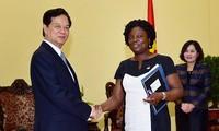 阮晋勇总理高度评价世界银行的援助