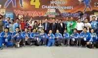 越南队在阿尔及利亚2015年第4次越武道世界锦标赛上夺冠