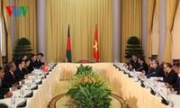 越南和孟加拉国发表联合声明