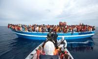 西班牙和意大利在海上营救数百名移民
