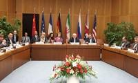 美国和欧盟通过解除对伊朗制裁的法律框架