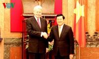 越南国家主席张晋创与冰岛总统举行会谈