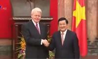 越南与冰岛深化合作关系