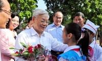 阮富仲总书记出席丹凤县的全民族大团结日