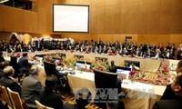 阮晋勇总理在东亚峰会上提出东海问题