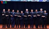建成统一、和平和繁荣的东盟共同体目标变成了现实